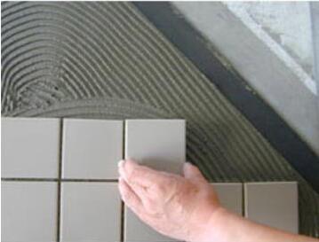 瓷砖粘结剂工地施工图.jpg