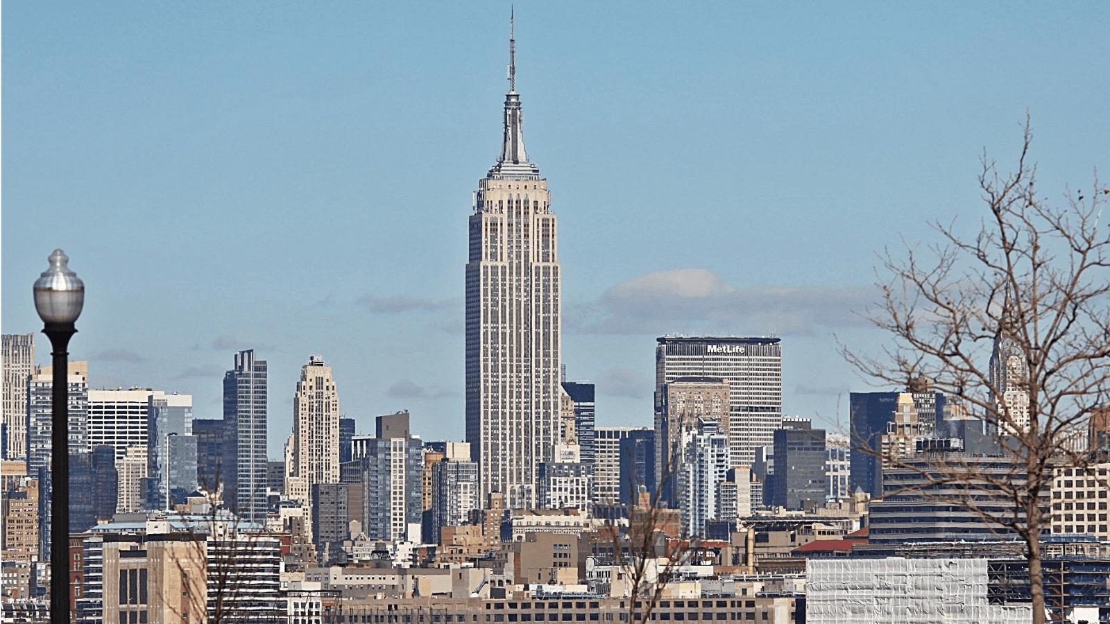 纽约帝国大厦采用干挂石材